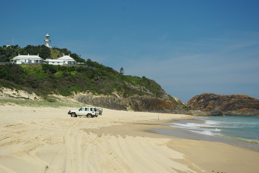 lighthouse-beach-seal-rocks
