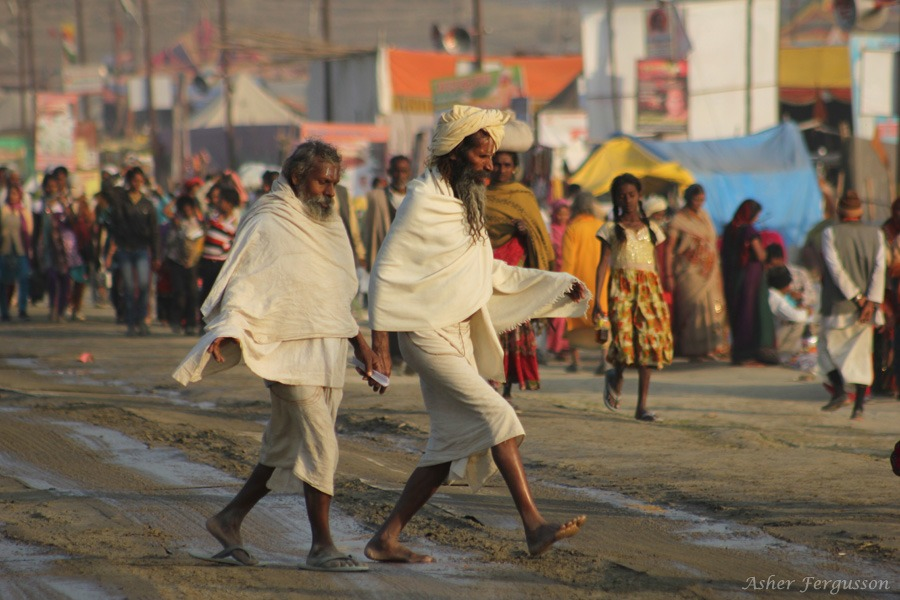roads at the kumbha mela