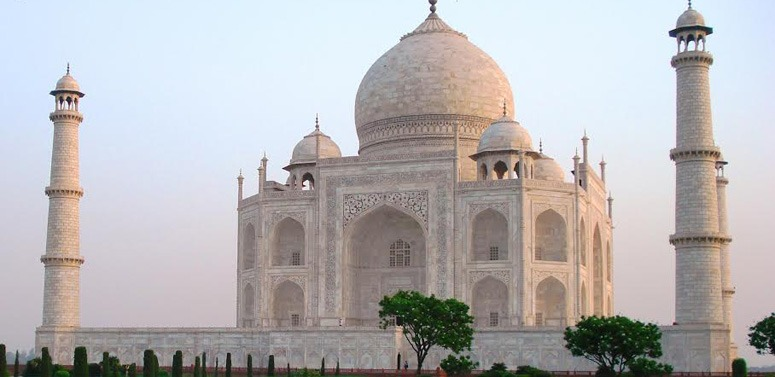 taj-mahal-india-early-morning-light