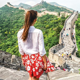 Woman-on-great-wall